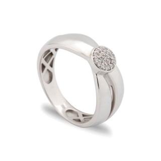 Anillo de oro blanco en forma de círculo con diamante de 0,09 CT