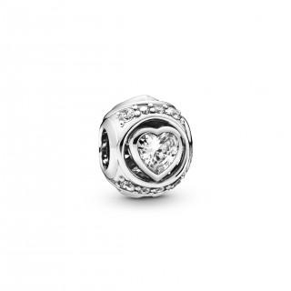 Charm Pandora 798464C01 de prata em forma de coração em relevo