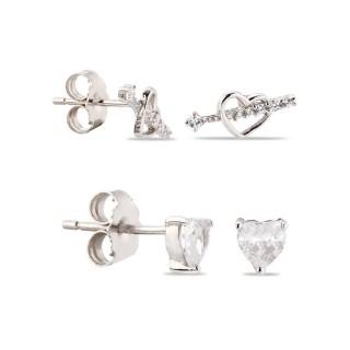 Brincos de prata em forma de coração e flecha com zircônia
